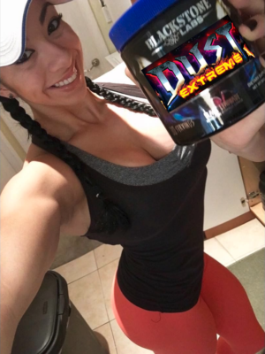 Dust Extreme 2017 Yesenia Perez