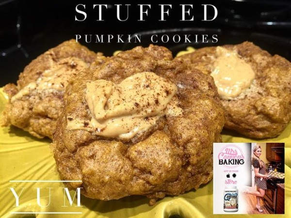 Stuffed pumpkin protein cookies