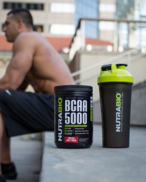 NutraBio BCAA 5000 Outside