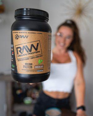 RAW Nutrition Vegan Protein Female
